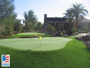 Tournament synthetic putting green