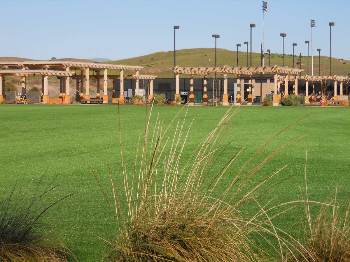commercial landscaping artificial turf